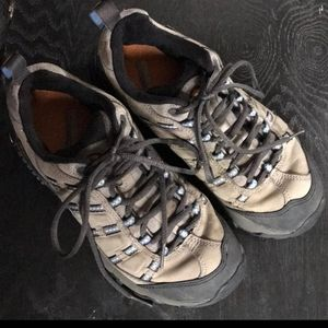 Outland Grey Merrell Hikers